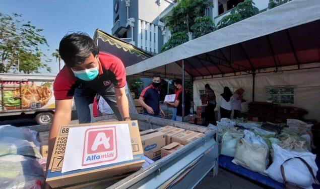 Alfamidi Telah Salurkan 6,91 Miliar Donasi Konsumen Untuk Masyarakat Terdampak Covid-19